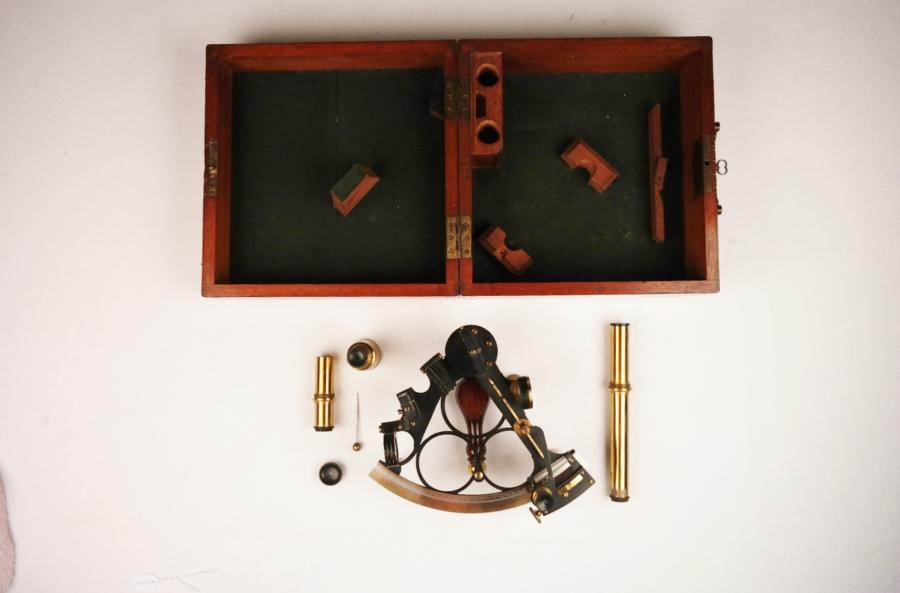 Navy Sextant with silvered scale – early 20th century