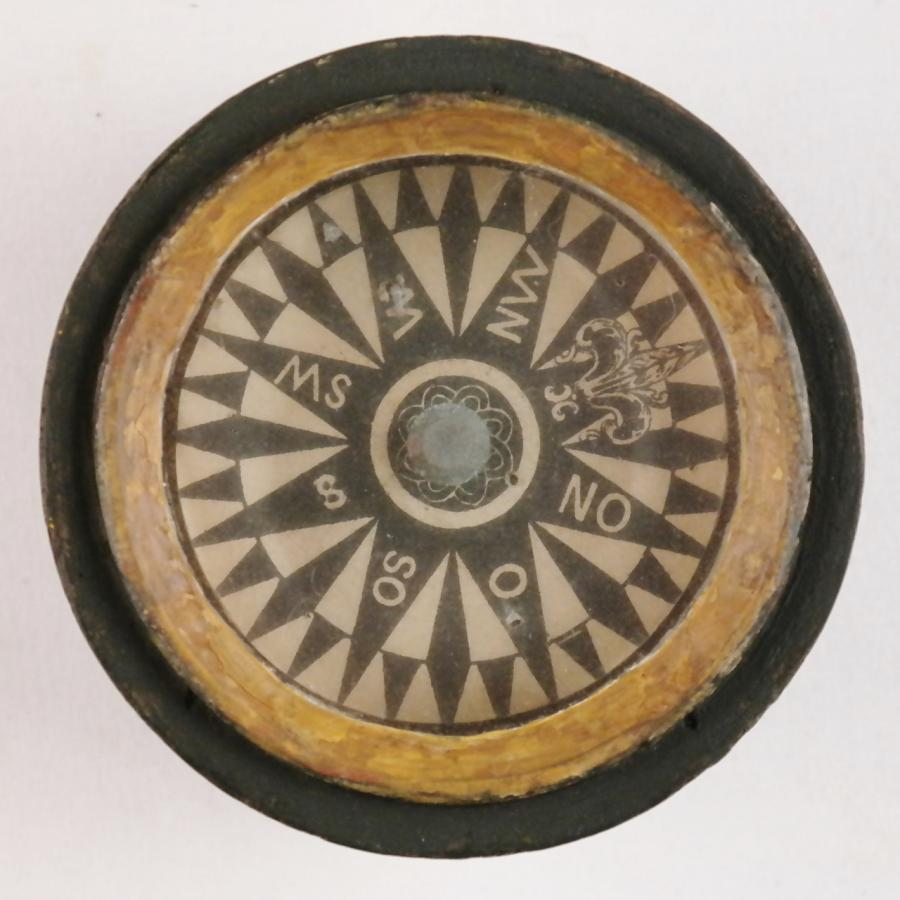 Early Whaling Compass in a binnacle of lime-wood, 18th century