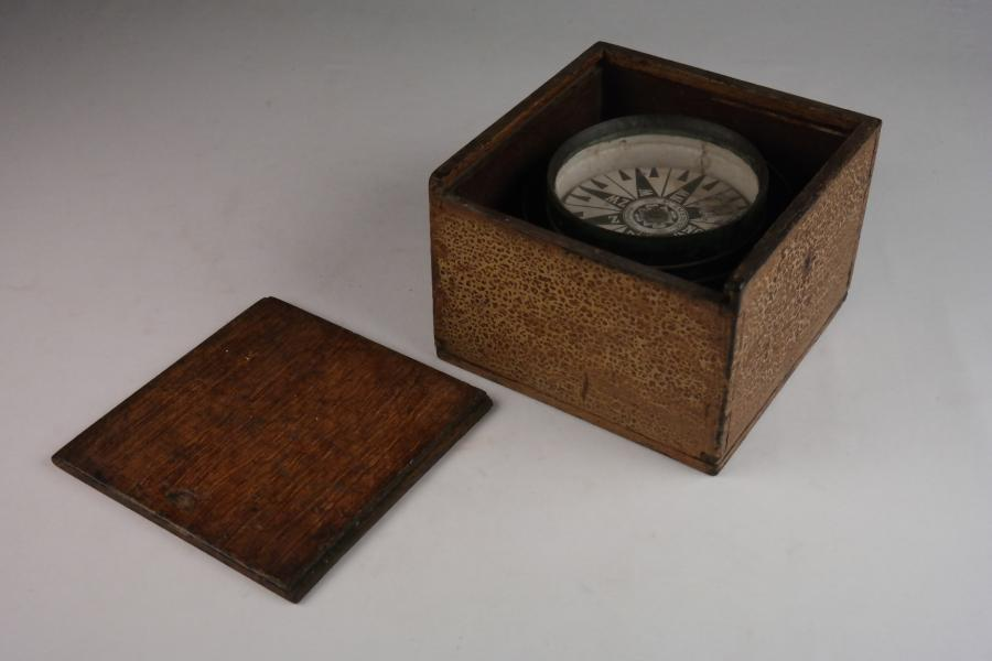 Dry Card Compass – Smeding, Enkhuizen, Netherlands, late 19th century