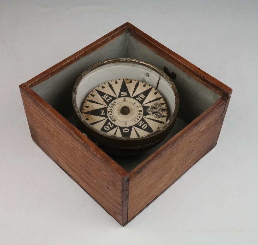 Dry Card Compass – Harri, Amsterdam, late 19th century