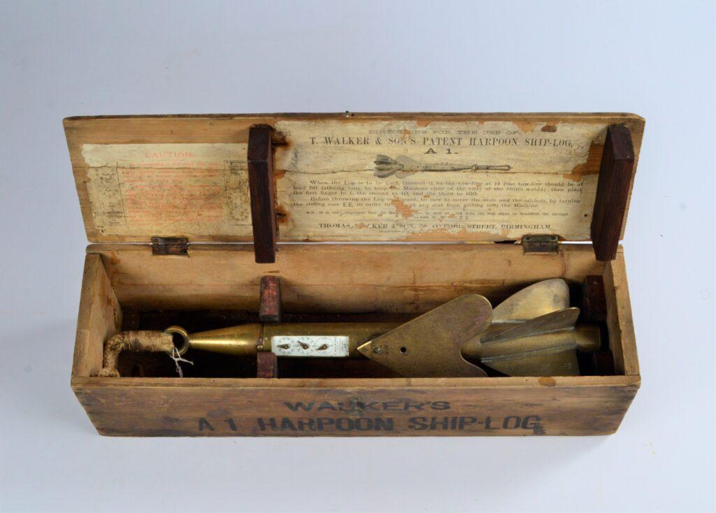 Harpoon log A1 in original case – T.Walker, Birmingham, 19th century