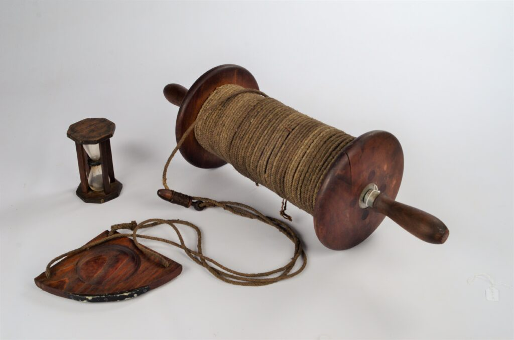 Hand log with reel, chip and hourglass – 1880/1900