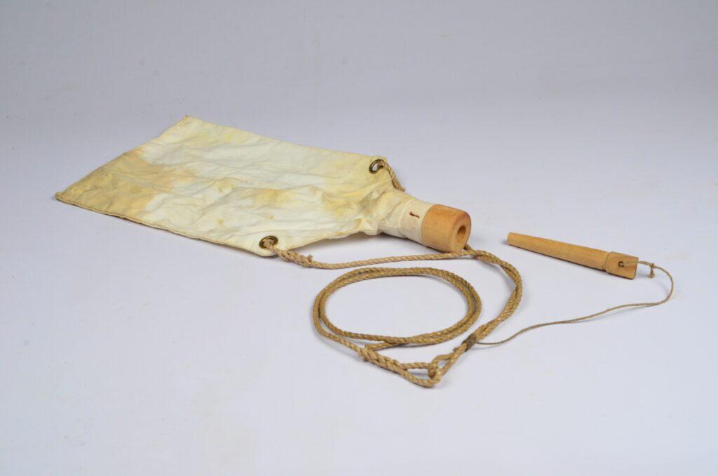 Linen Oil Bag – 20th century